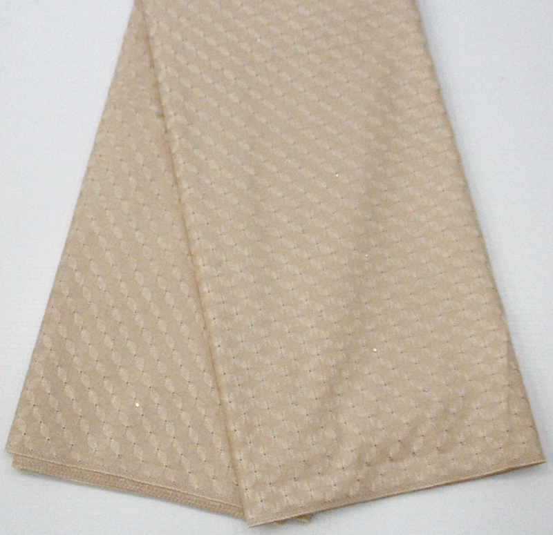 сухая кружевная ткань