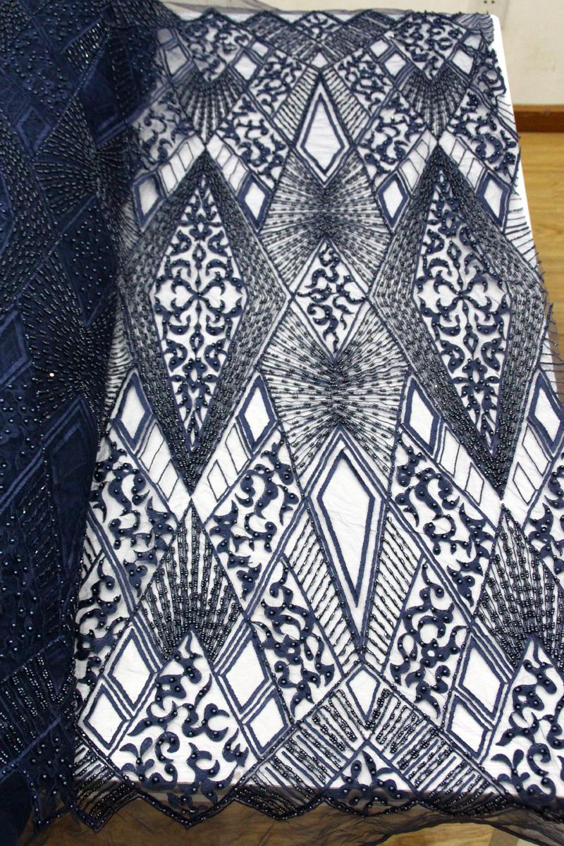 темно-синяя кружевная ткань из бисера