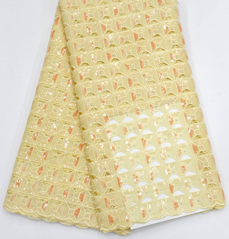 tela de encaje bordado