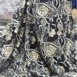 renda de noiva lantejoulas douradas
