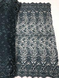 tecido de renda artesanal com miçangas verdes